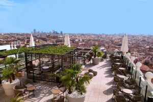 Caso de Éxito:  DESPLIEGUE WI-FI EN EL HOTEL RIU PLAZA ESPAÑA 1
